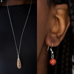 ❤️Orange Teardrop Necklace Set